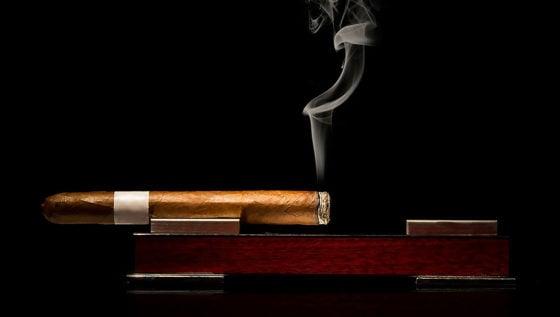 Top Cigar Ashtrays