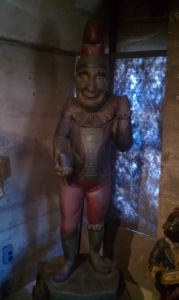 punchh cigar statue