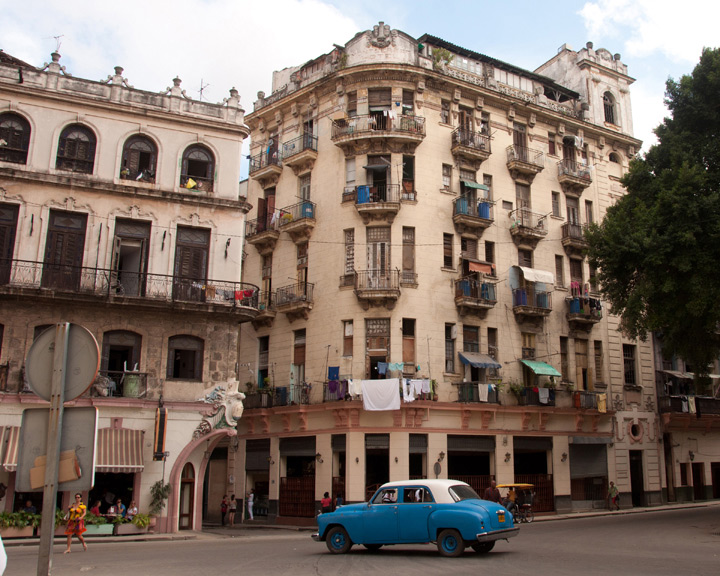 car,-building,-balconies in cuba