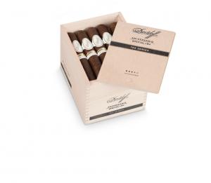 Davidoff 702 box
