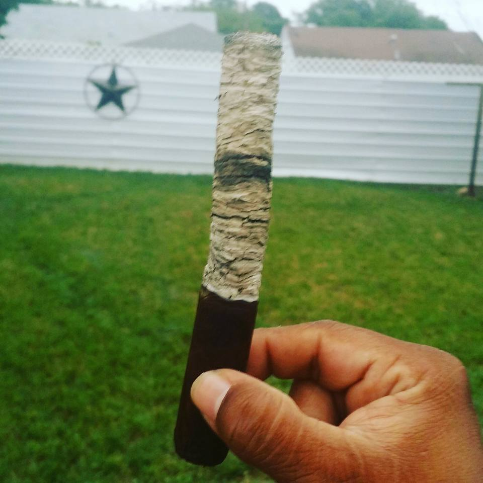 long cigar ash robert soto