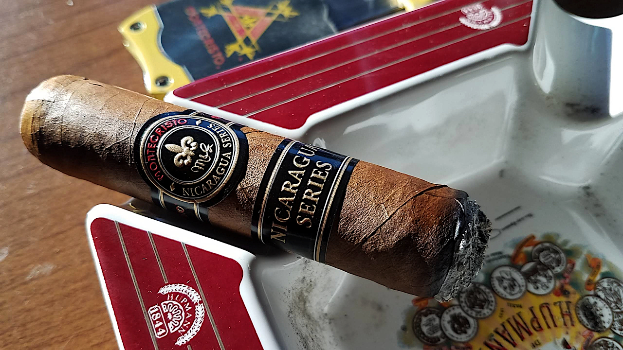Montecristo Cigars Guide - Montecristo Nicaragua Cigar Review - Gary Korb