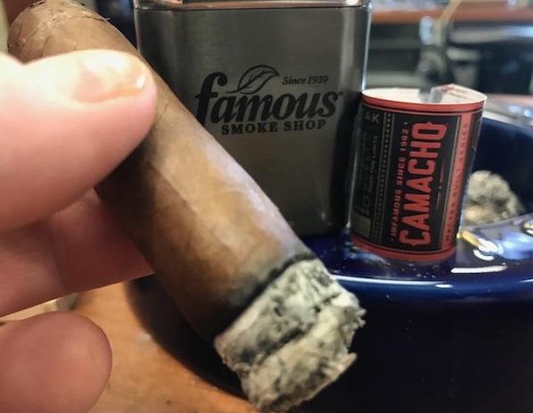 camacho cigars guide camacho nicaraguan barrel aged cigar review tommy