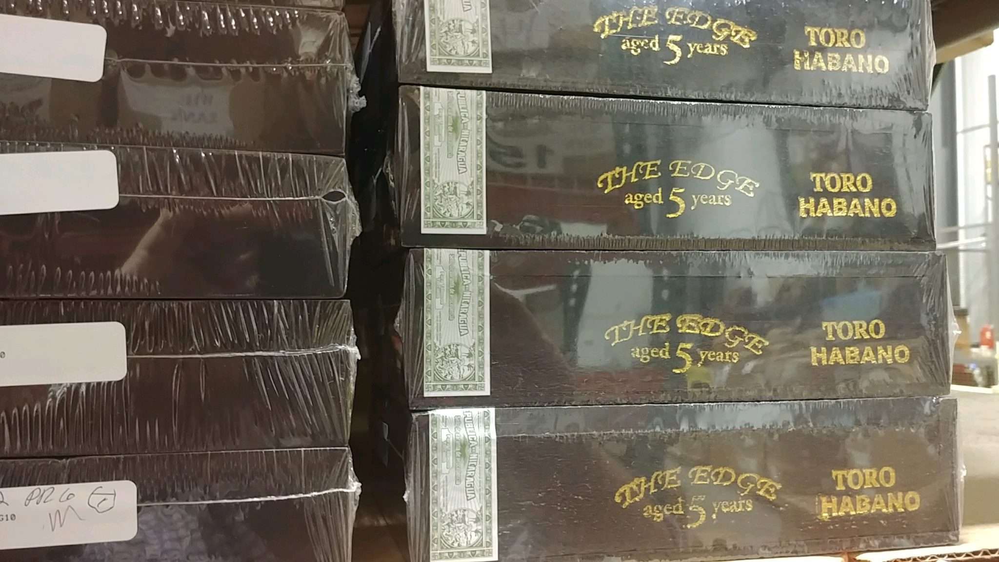 rocky patel the edge habano cigars keeping cigars fresh in cellophane