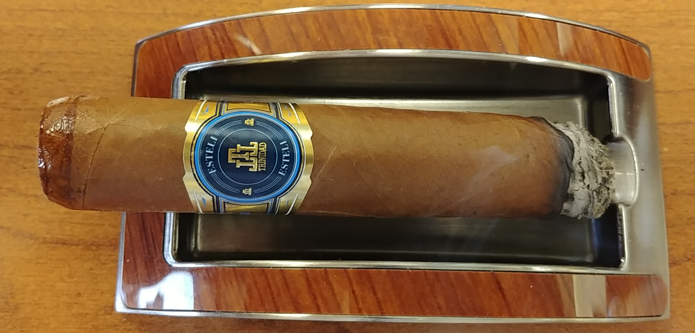 trinidad esteli cigar review smoking