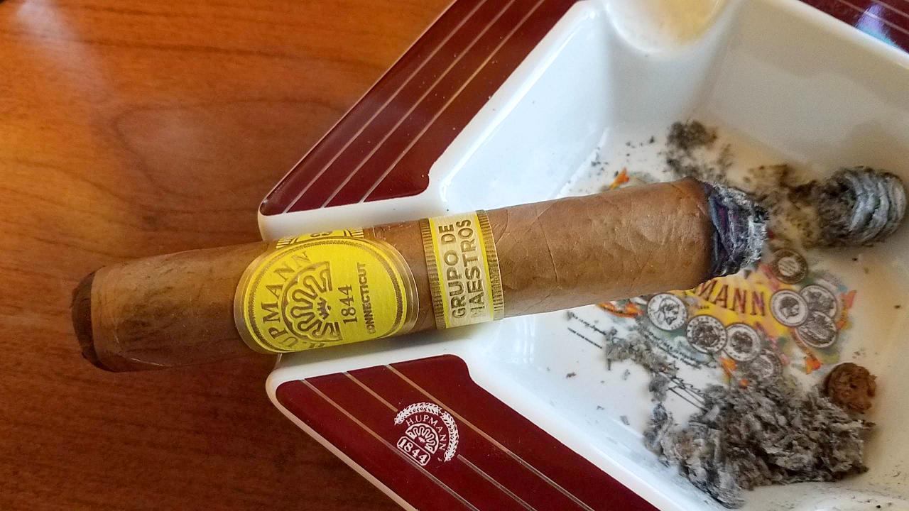 h. upmann cigars guide h upmann connecticut cigar review by Gary Korb