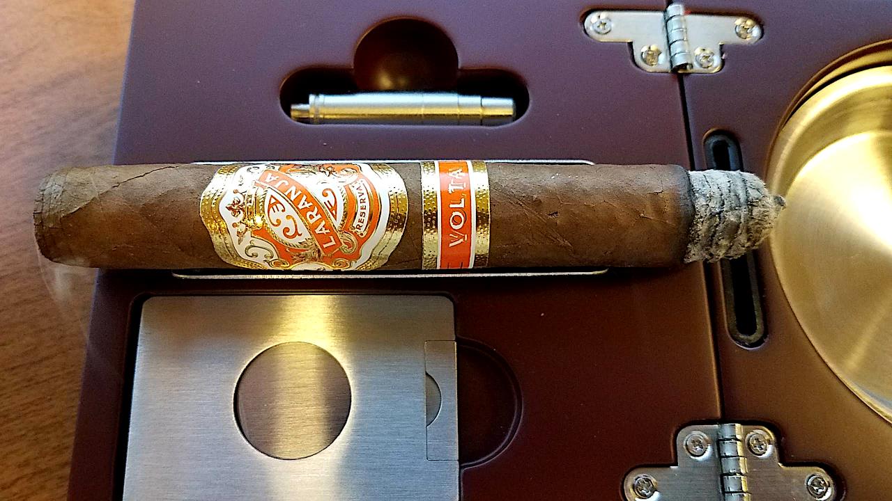 #nowsmoking Laranja Reserva Volta cigar review by Gary Korb