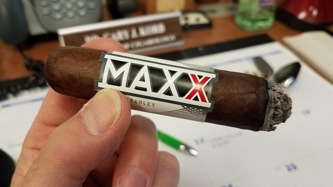 alec bradley cigars guide Alec Bradley the MAXX The Fixx cigar review by Gary Korb
