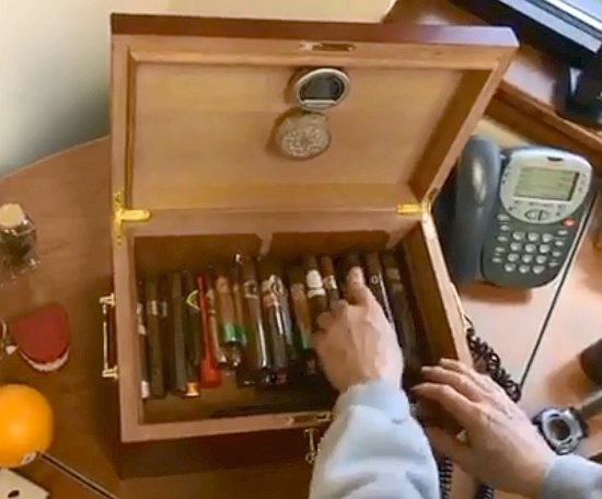 5 things about aging cigars - aging cigars at home in a humidor rotating cigars