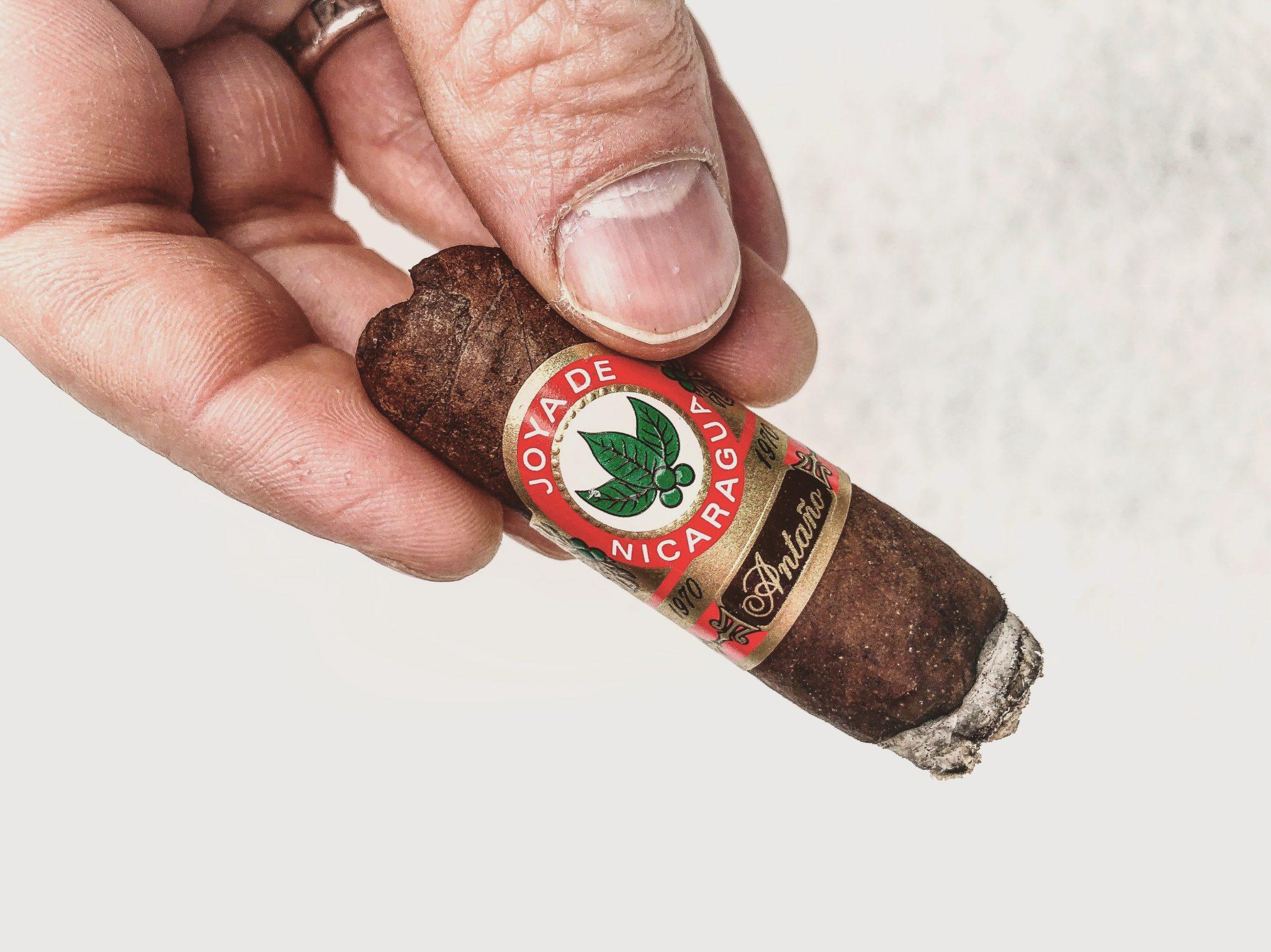 Joya de Nicaragua cigars guide joya de nicaragua jdn antano 1970 cigar review by Jared Gulick