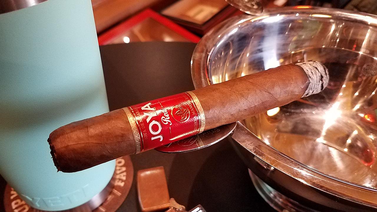 Joya de Nicaragua cigars guide joya de nicaragua jdn Joya Red cigar review by Gary Korb