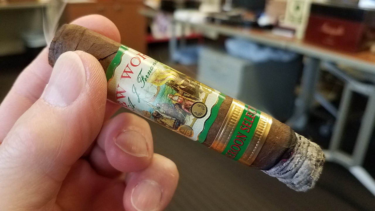 #nowsmoking New World by AJ Fernandez Cameroon Selection cigar review Short Robusto by Gary Korb