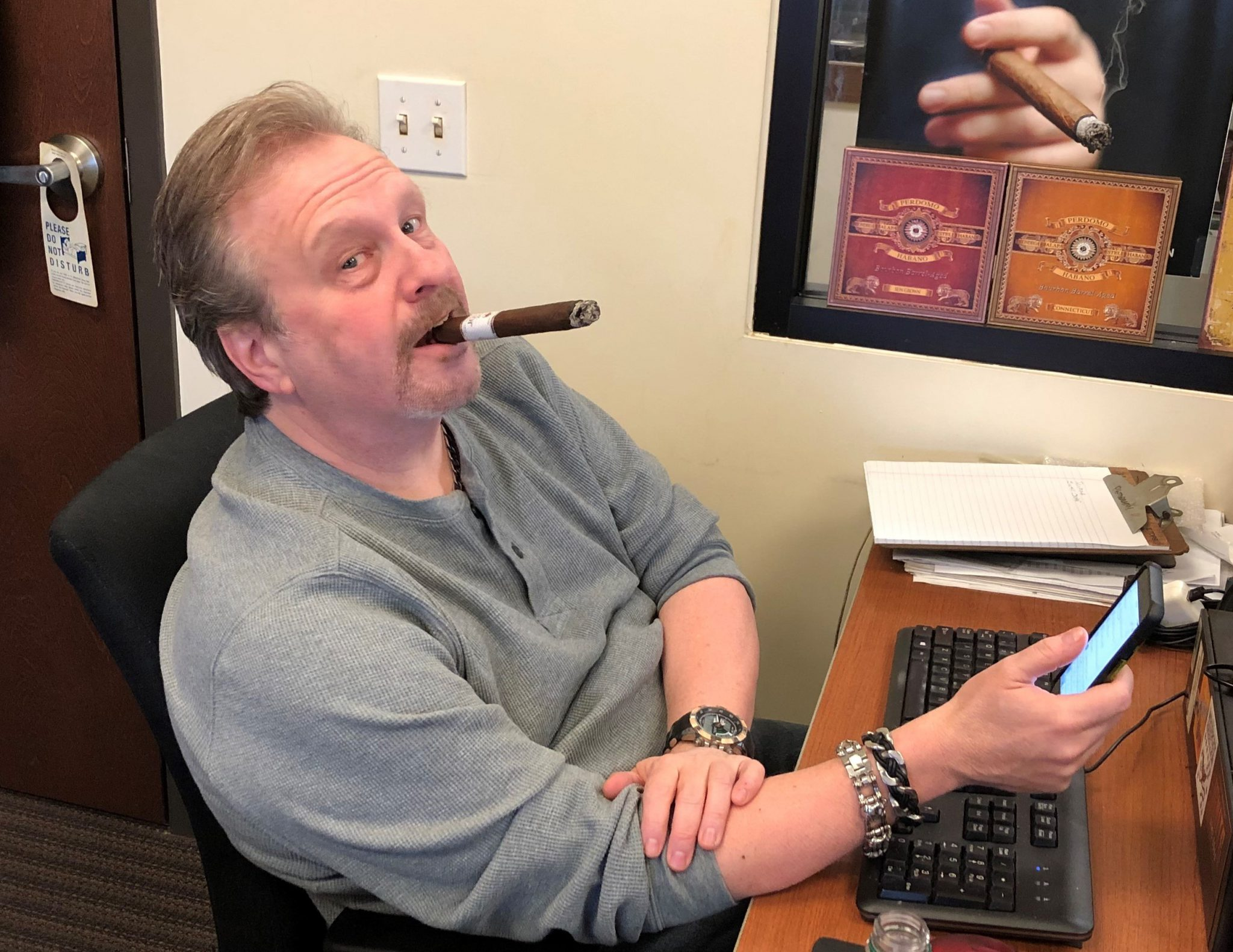 reader's choice top cigars for St. Patrick's Day 2019 Alec Bradley Black Market Filthy Hooligan cigars Tommy Zman at Famous Smoke Shop