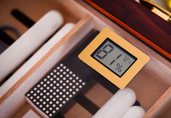 must know humidor tips for warmer weather over humidify cigars in humidor hygrometer reading