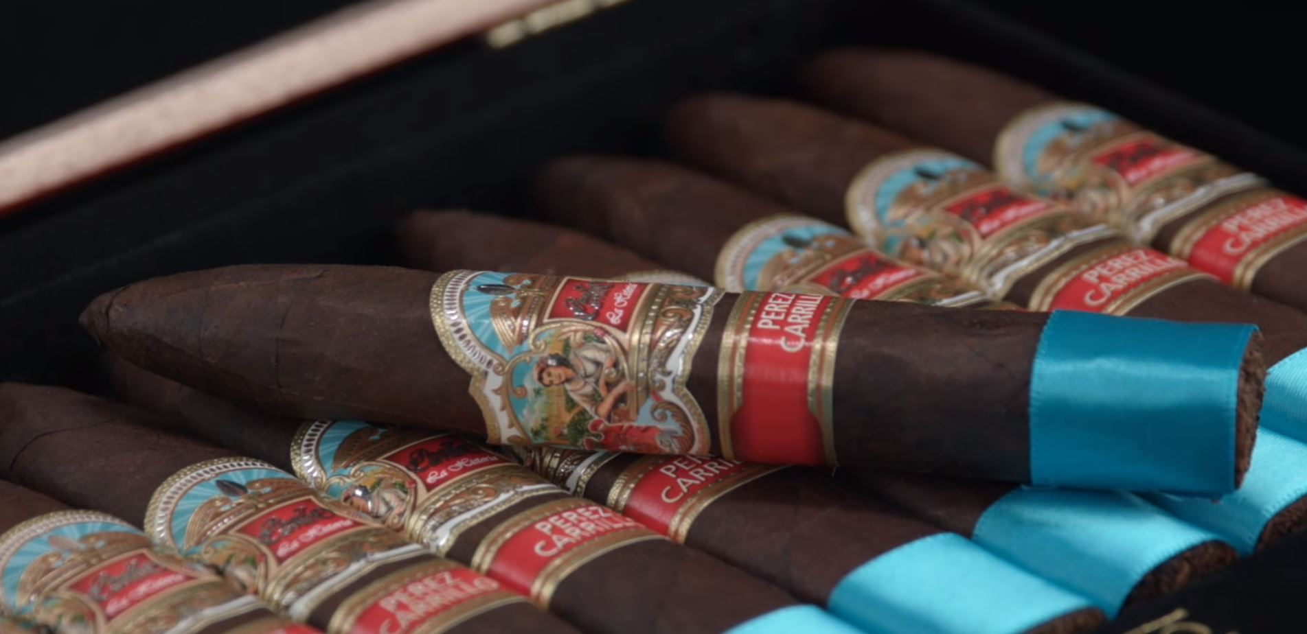 EPC EP Carrillo Cigars Guide EP Carrillo La Historia cigar review Torpedo Cigars Box