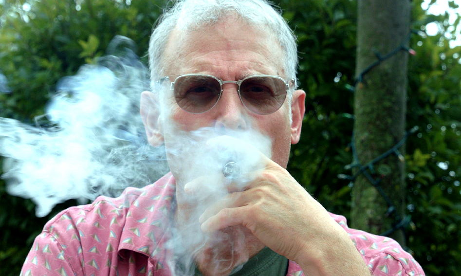 #nowsmoking cao flathead v19 cigar review camshaft by Gary Korb