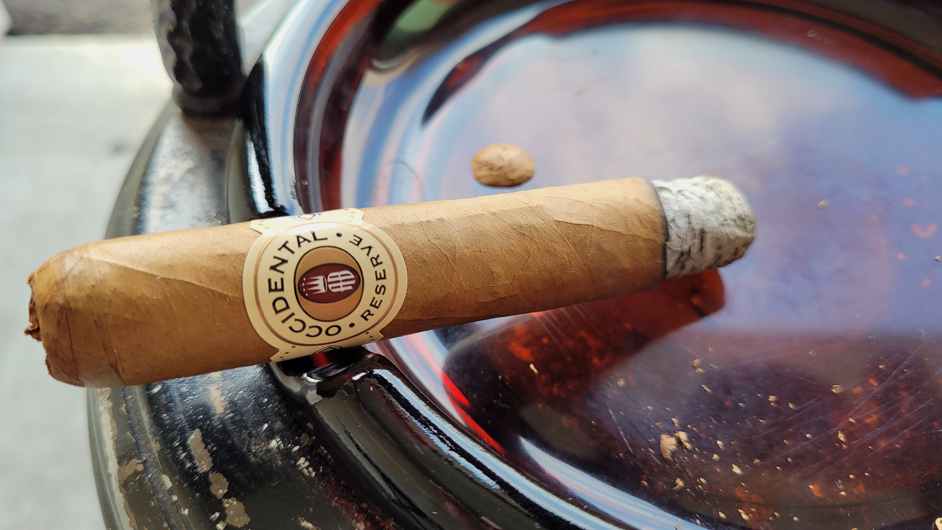 Alec Bradley Occidental Reserve Connecticut Robusto cigar review by Gary Korb