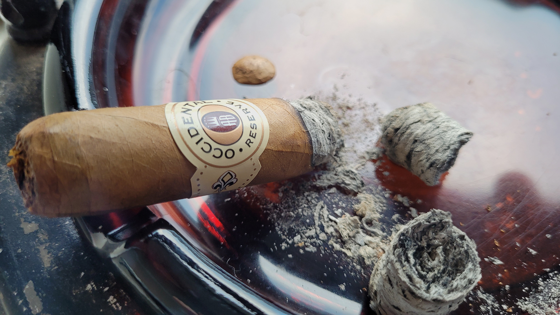 Occidental Reserve Connecticut robusto cigar review Part 3