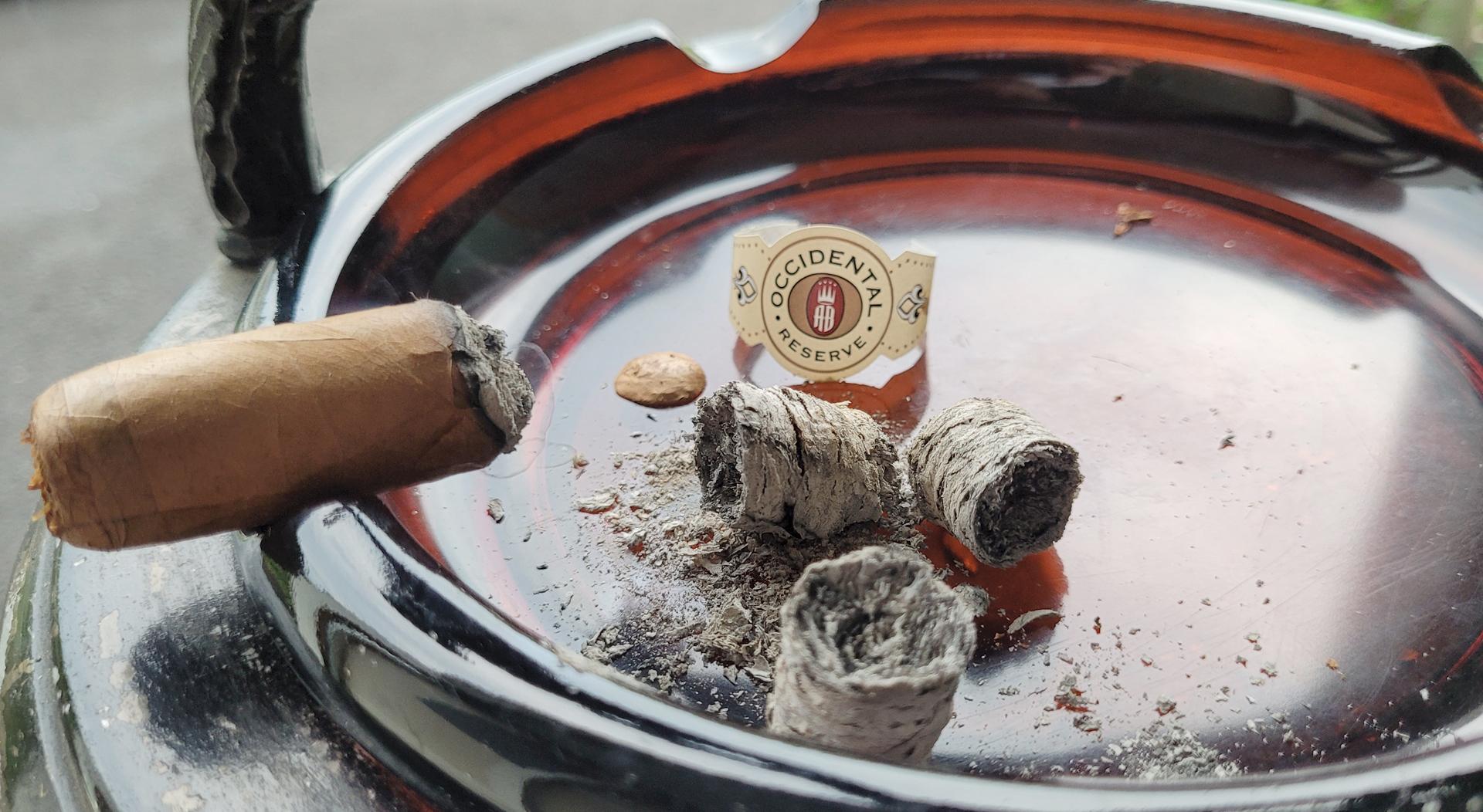 Alec Bradley Occidental Reserve Connecticut wrapper Robusto cigar cigar in ashtray